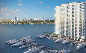 """Um condomínio de luxo em Miami, com marina (uma """"garagem"""" para lanchas e iates), deve ser inaugurado em julho deste ano"""